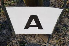 Reitplatz hat neue Buchstaben